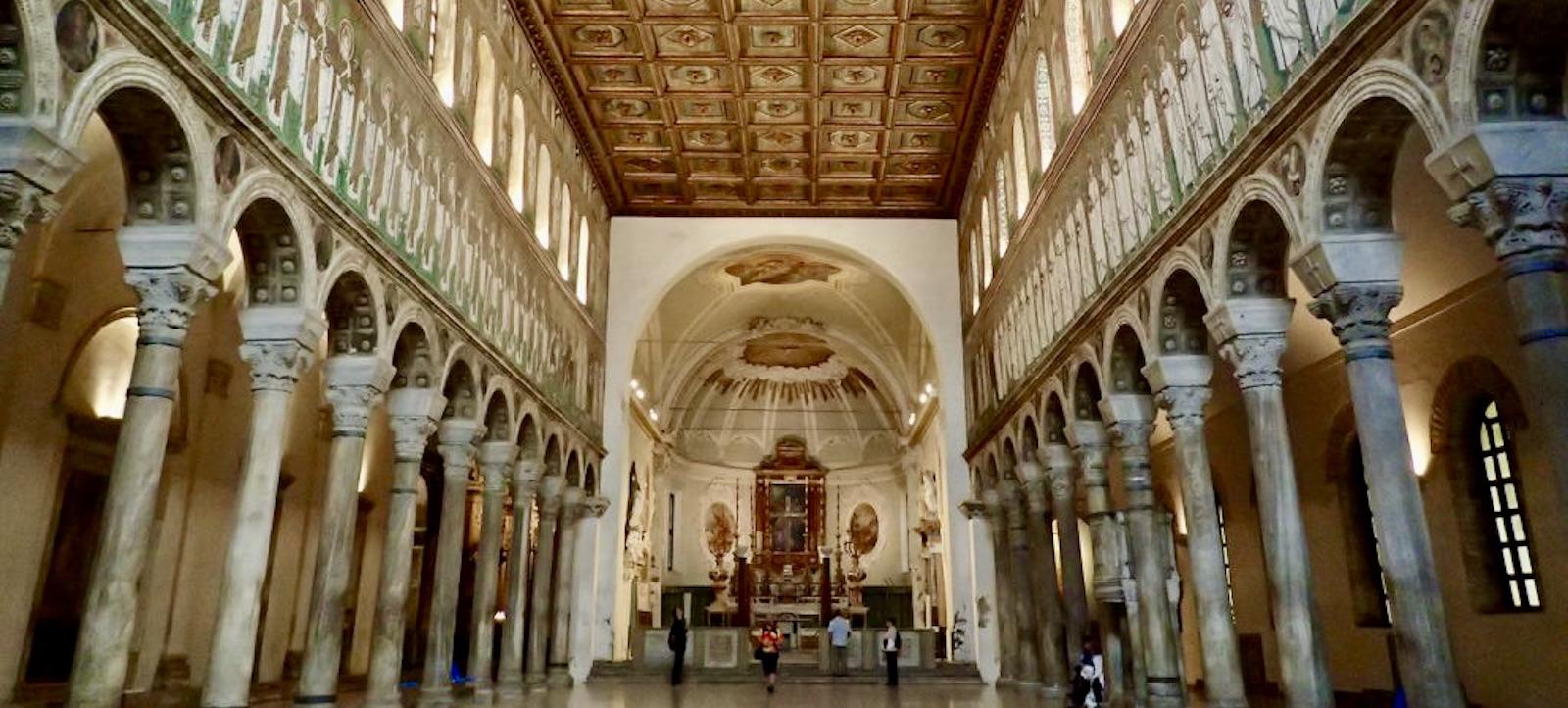 interno chiesa sant'Apollinare in classe ravenna