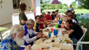 Social Eating in Romagna tavolata compelta